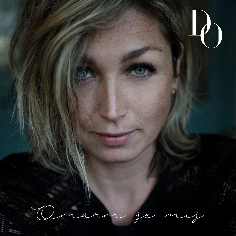 93a0c806b3be Luister nu naar de nieuwe single van DO – Omarm Je Mij